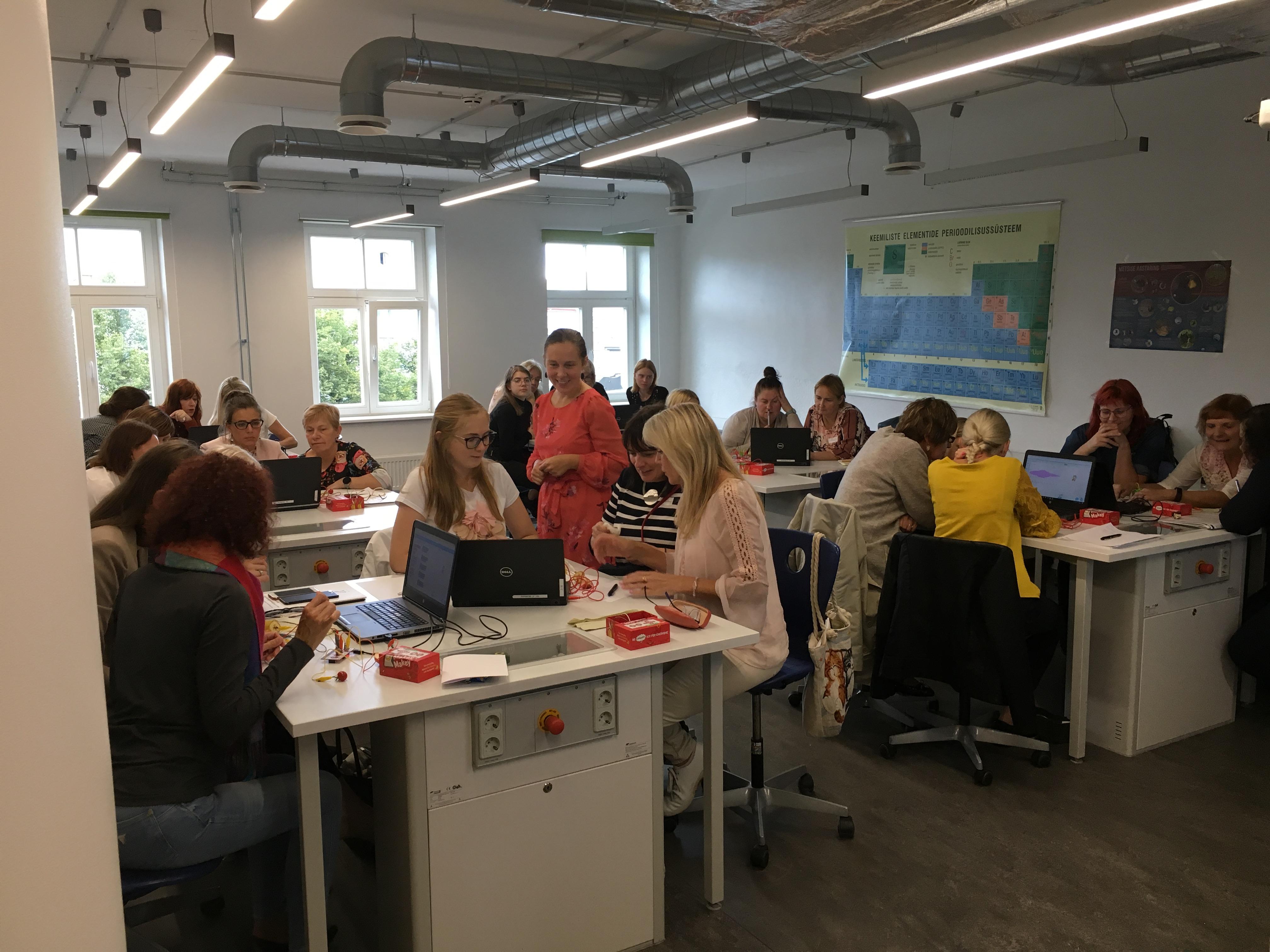 GAG õpetajad esinesid reaal- ja loodusteadusliku hariduse konverentsil