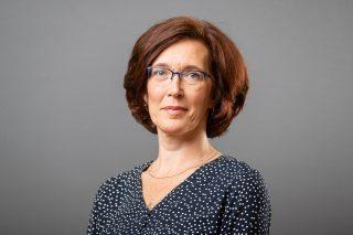 Sinikka Brügel- tervishoiutöötaja Suur-Kloostri õppehoones